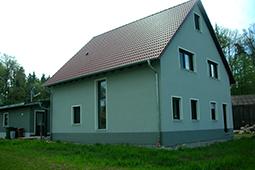 Hausrückseite Einfamilienhaus Holzhaus