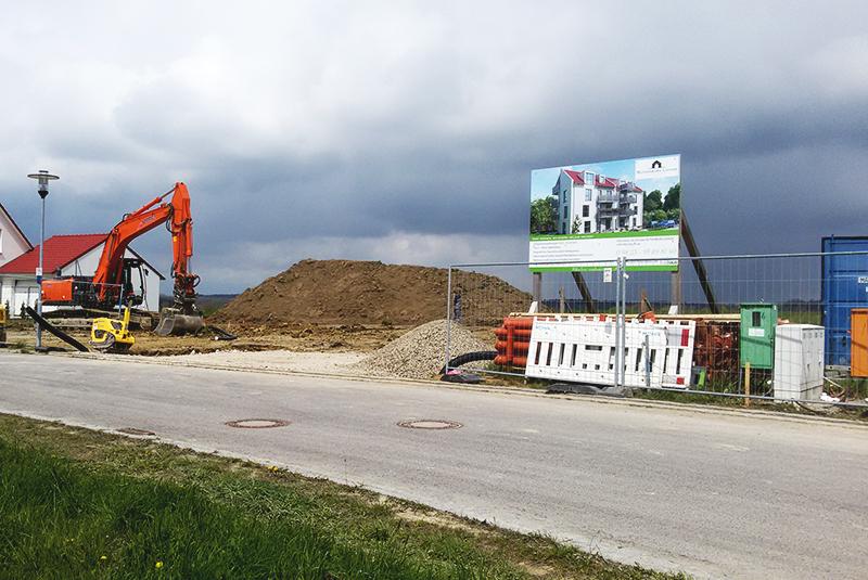 Bauchronik Rothenburg Lignum. Zimmerer starten die Herstellung für Rothenburg Lignum