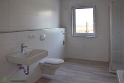 Modernes Badezimmer Eigentumswohnung