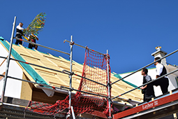 Traditionelles Richtfest beim Hausbau