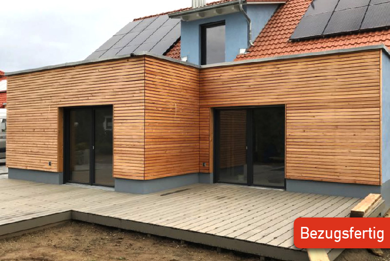 Holzhaus mit Holzfassade