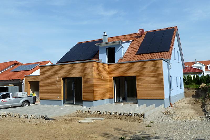 Holzhaus Rothenburg mit Holzfassade