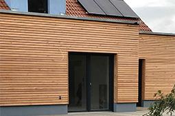 Erker mit Holzfassade